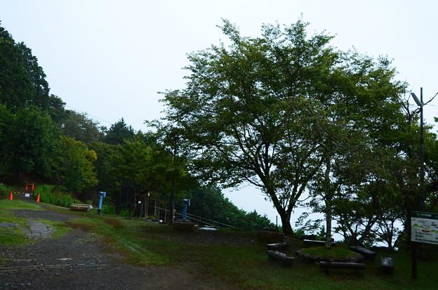土砂降りのケーブル比叡駅
