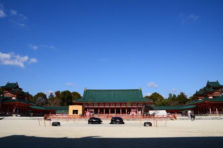 冬空の平安神宮