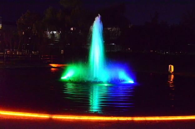 ライトアップの噴水