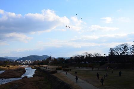 凧揚げ風景