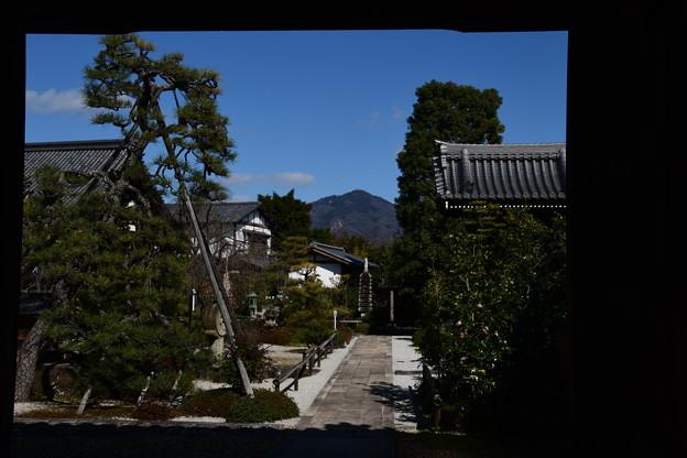 額縁の中の比叡山
