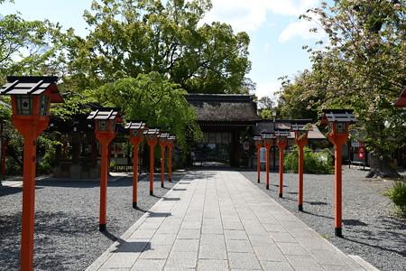 無人の平野神社