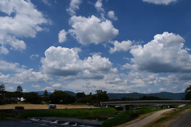 少し秋めいた雲