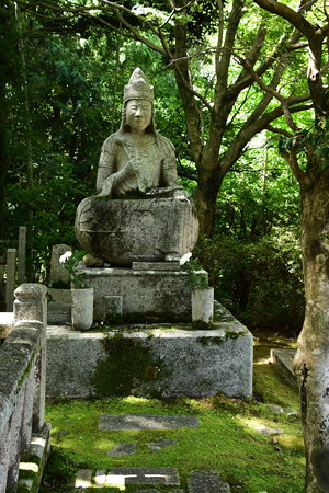 西雲院の仏像