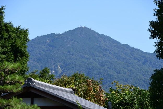 天寧寺から見る比叡山