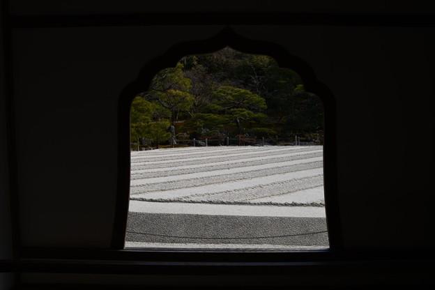 Photos: 花頭窓から