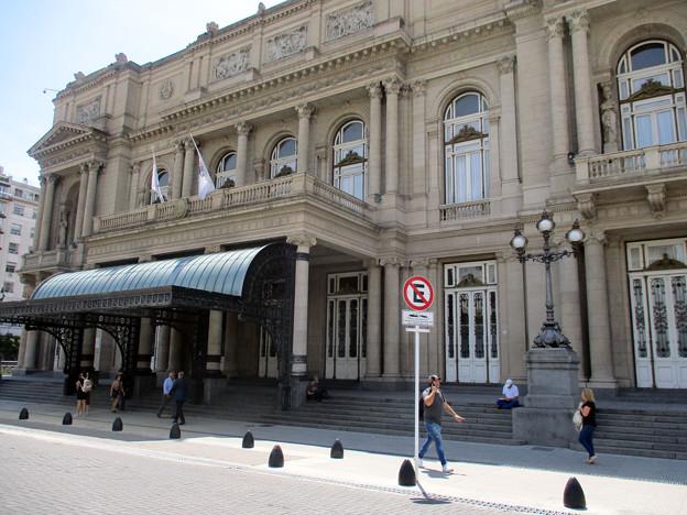 144.コロン劇場
