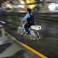 写真: A touring policeman
