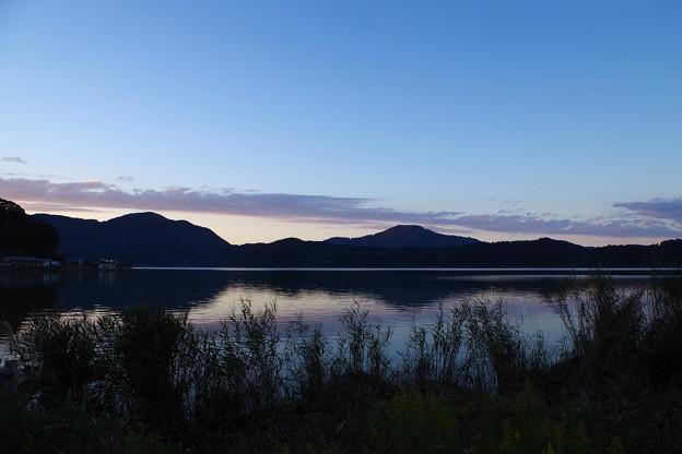 夕刻の三方湖