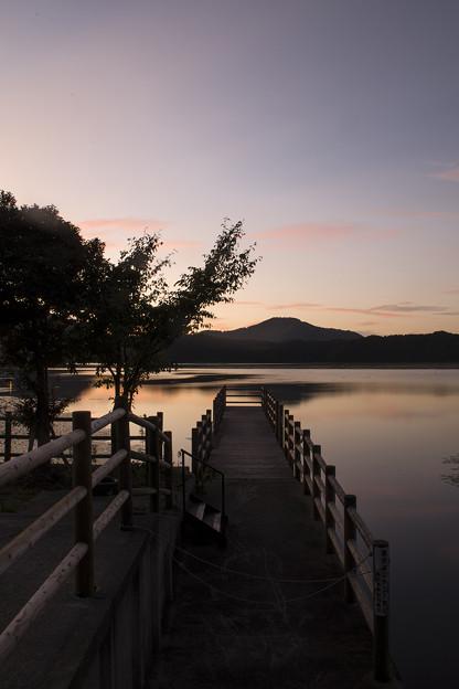Photos: 三方湖