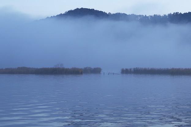 朝の三方湖3