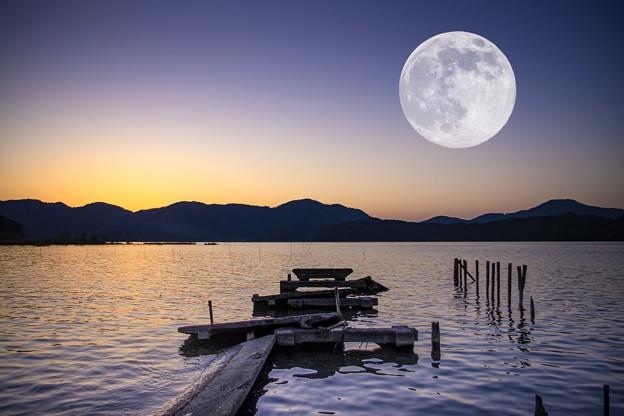 Photos: 三方湖合成