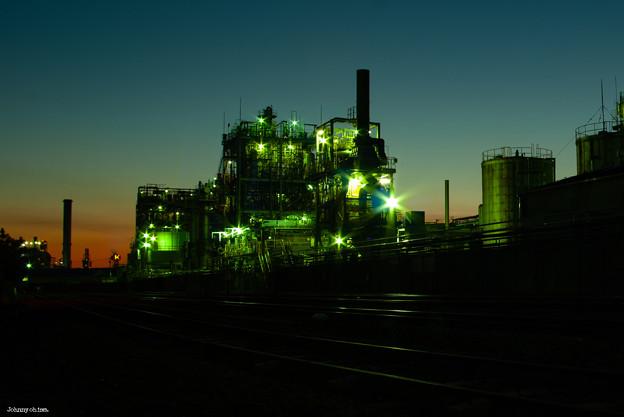 Photos: 工場のライトアップ