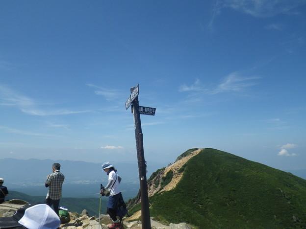 写真: 東天狗岳山頂