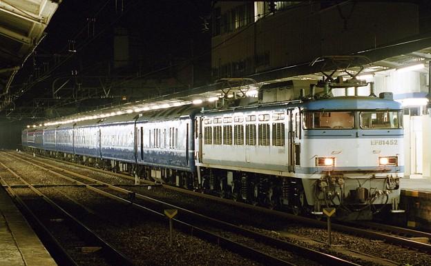 EF81-452 寝台特急「なは」 下関駅