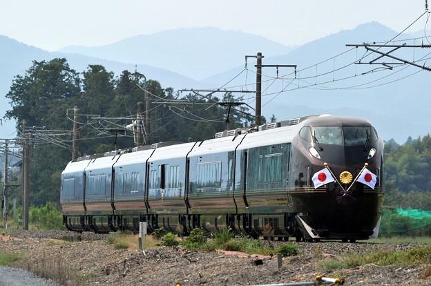 令和初のお召列車 E655系(なごみ)+TR 常磐線  友部~内原