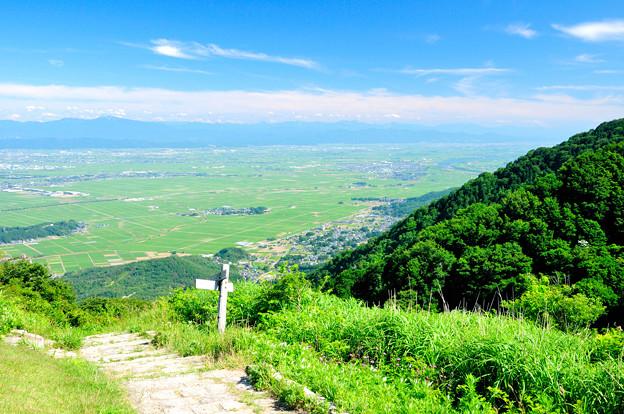越後平野遠景 登山道