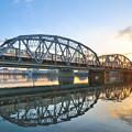 荒川橋梁を渡る3000形電車