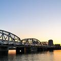 Photos: 日没と鉄橋