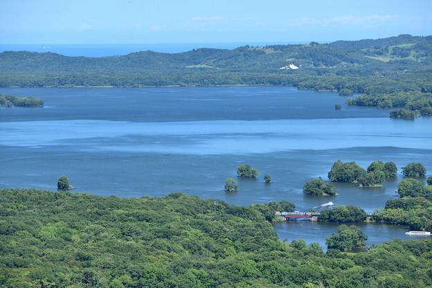 遥か噴火湾まで見渡せる絶景の山頂