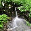 Photos: 奥社の手前の小さな滝