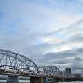 夕暮れ トラス橋 スカイライナー