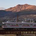 夕日に輝く北志賀の山