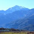 Photos: 小海線と甲斐駒ケ岳