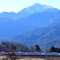 Photos: 甲斐駒ケ岳とE353系中央線特急あずさ号