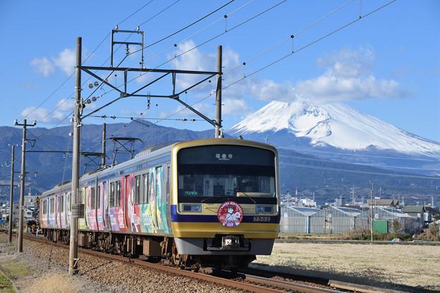 富士山と7000系電車