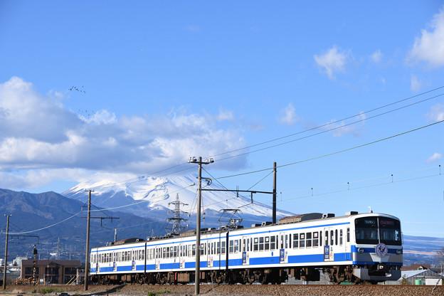 富士山と1300系電車