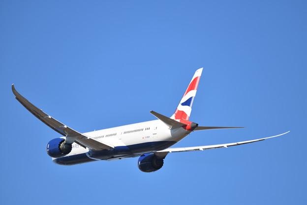 飛び去る BA006便