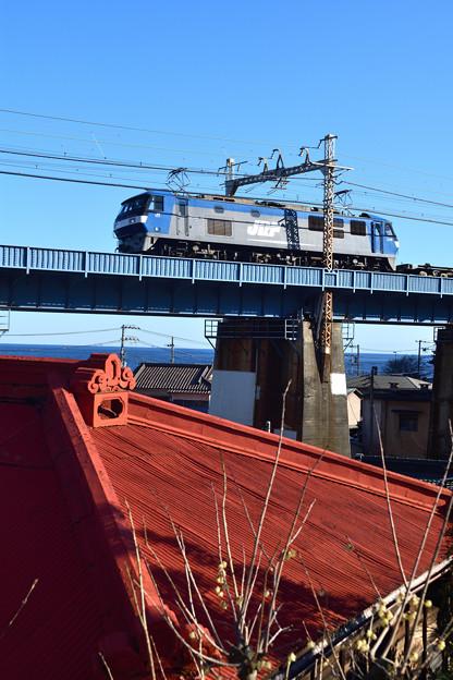 EF210形 電気機関車牽引の貨物列車