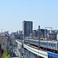 スカイツリーと小田急4000形電車