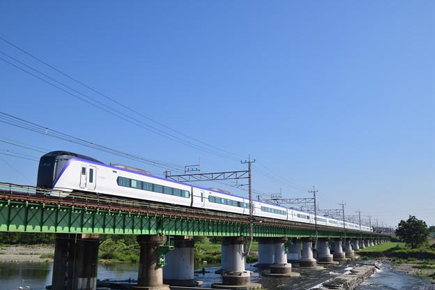 E351系特急電車