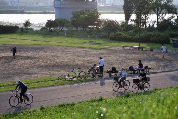 荒川河川敷風景