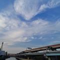 Photos: 綾瀬川に沿って伸びる首都高速道路と雲