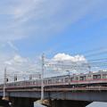 中川の鉄橋を渡る京成電鉄3500形電車