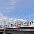 中川の鉄橋を渡る京成電鉄3400形電車