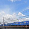 中川の鉄橋を渡る京急ブルースカイトレイン