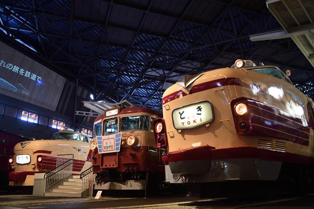 優等列車の並び