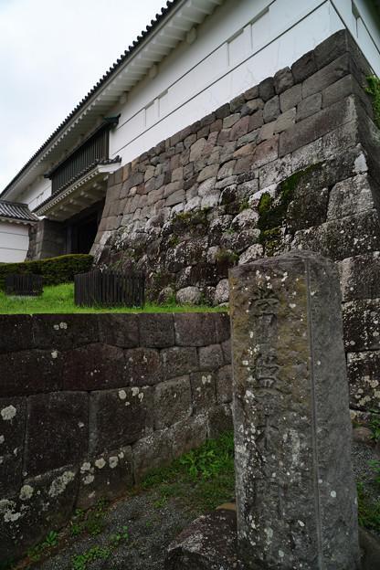常盤木門の石垣