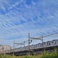 荒川橋梁を渡る京成電鉄3600形電車