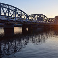 Photos: 夕日とスカイライナー