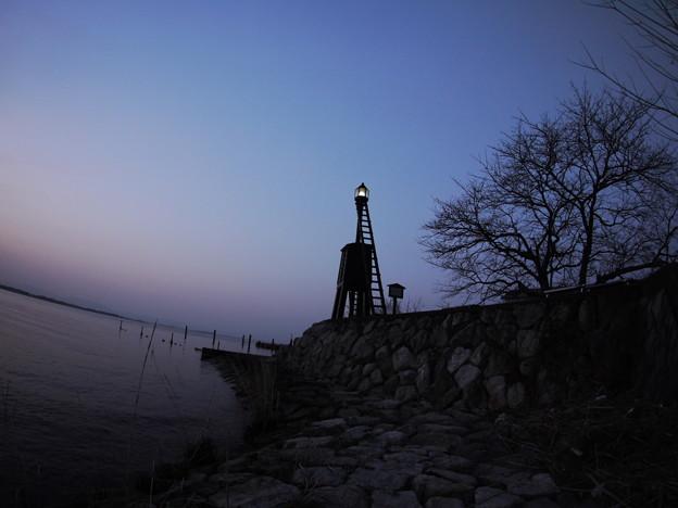 今堅田の出島灯台(でけじまとうだい)2