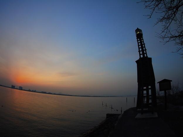 今堅田の出島灯台(でけじまとうだい)4