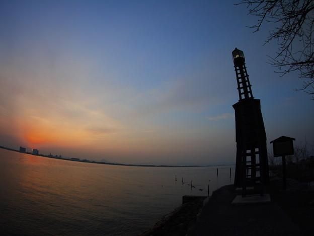今堅田の出島灯台(でけじまとうだい)5