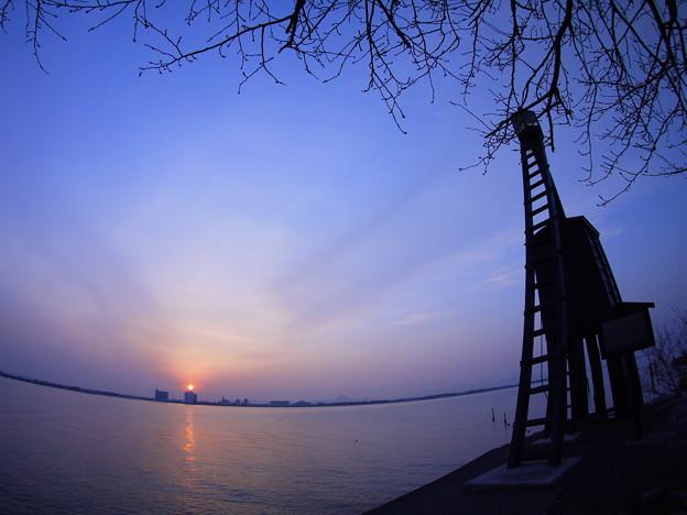 今堅田の出島灯台(でけじまとうだい)8