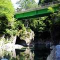 写真: 阿寺川第一号橋と渓谷美