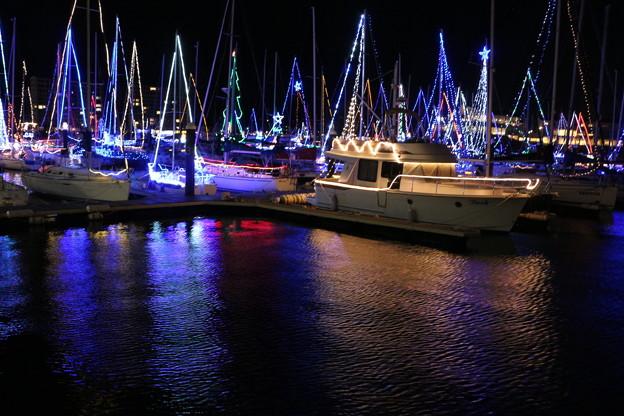 ボートとヨットのイルミネーション
